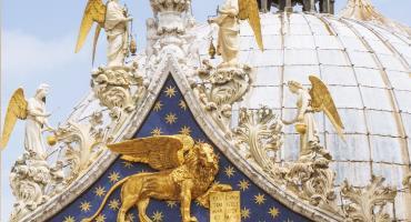 La Basilica di San Marco sotto le stelle