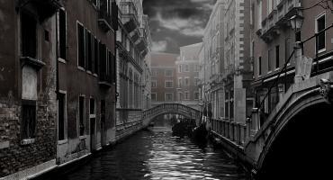 Mystery in Venice
